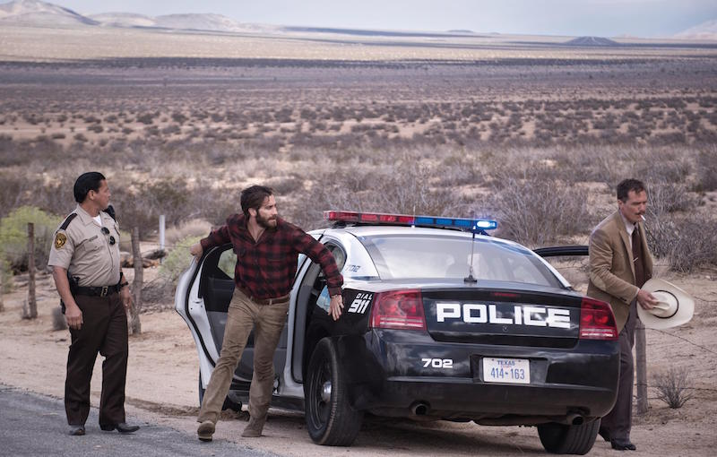 NOCTURNAL ANIMALS Police Jack Gyllenhaal, Michael Shannon
