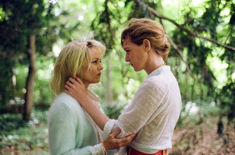 Kadr z filmu Un couteau dans le coeur (Knife + Heart) - Vanessa Paradis i Kate Moran / fot. materiały prasowe