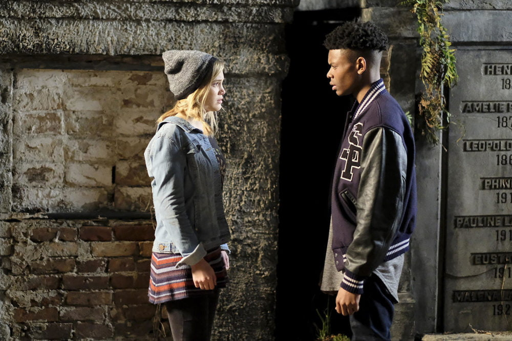 Kadr z serialu Cloak & Dagger