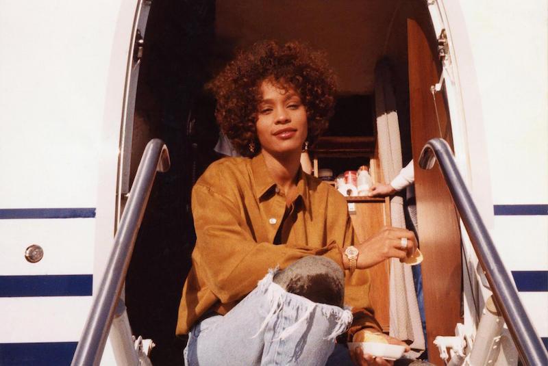 Kadr z filmu Whitney, reż. Kevin Macdonald