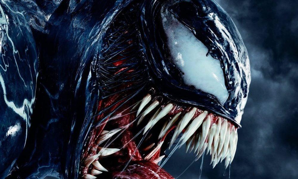 Venom twarz zęby profil