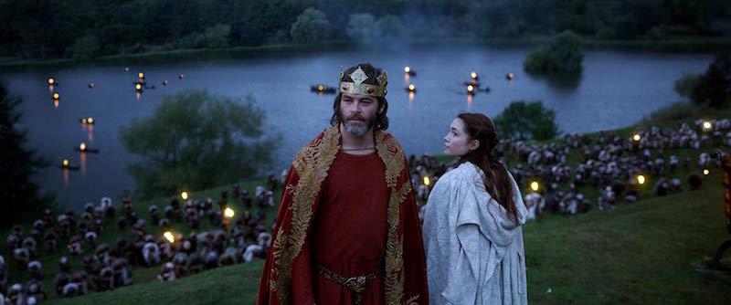 Chris Pine i Florence Pugh w filmie Król wyjęty spod prawa / fot. materiały prasowe Netflix