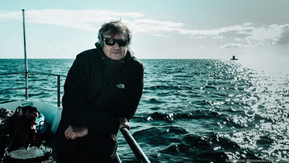 reżyser jacek bławut na planie zdjęciowym orzeł okręt