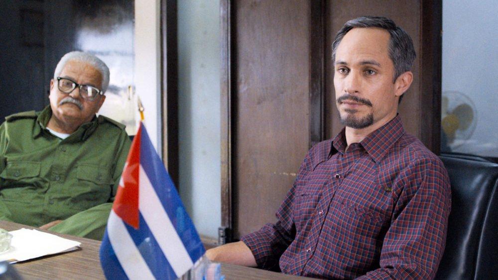 Gael Garcia Bernal w filmie Wasp Network / fot. materiały prasowe