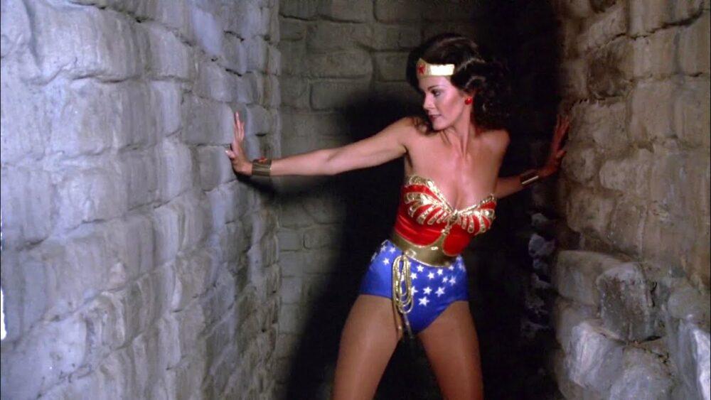The Flash - Lynda Carter powróci do roli Wonder Woman?